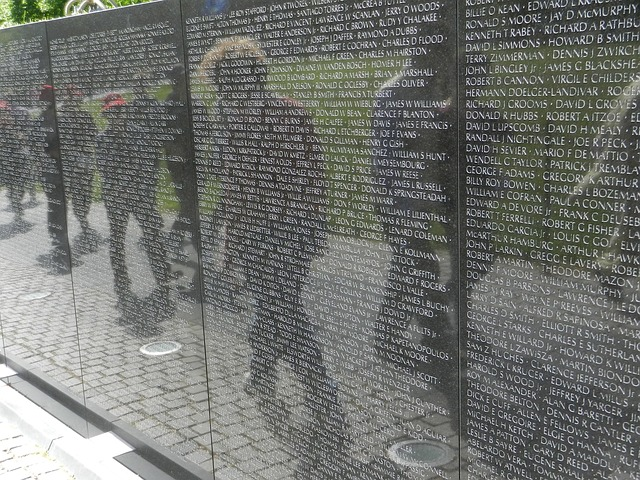 Vietnam Memorial Wall. Free images from pixabay.com